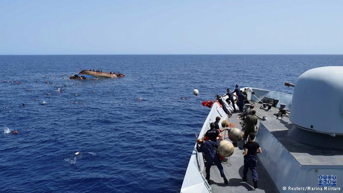 Akdeniz'de sığınmacı faciası; 100 ölü