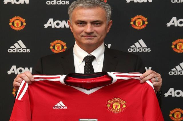 Manchester United resmen açıkladı
