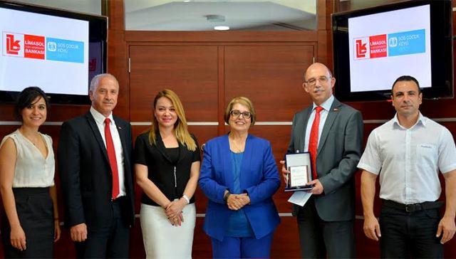 SOS'den Limasol Bankası'na teşekkür ziyareti