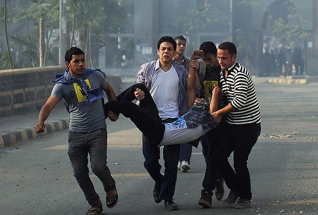 Darbe karşıtı öğrencilere ateş açtılar