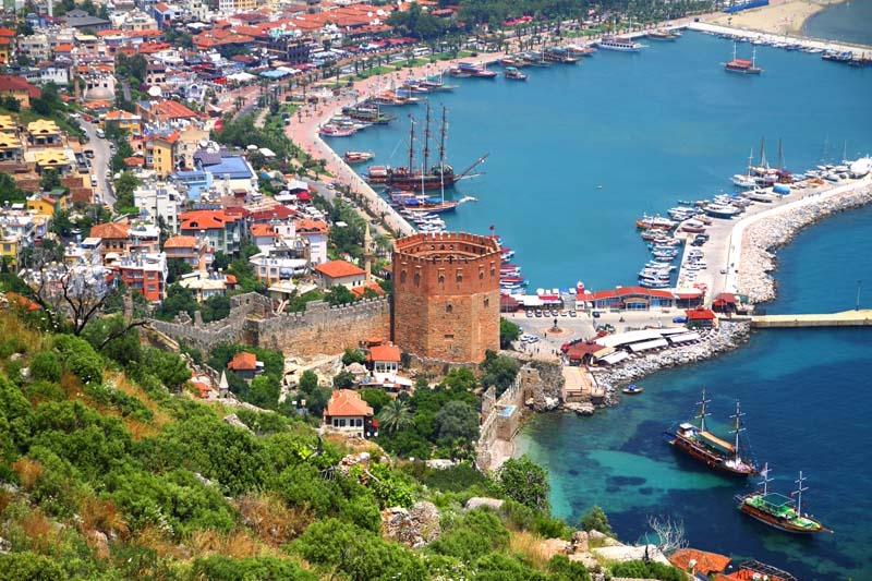 Gezmeler başladı: Eğitim ve Turizm Bakanı Antalya'ya gidiyor