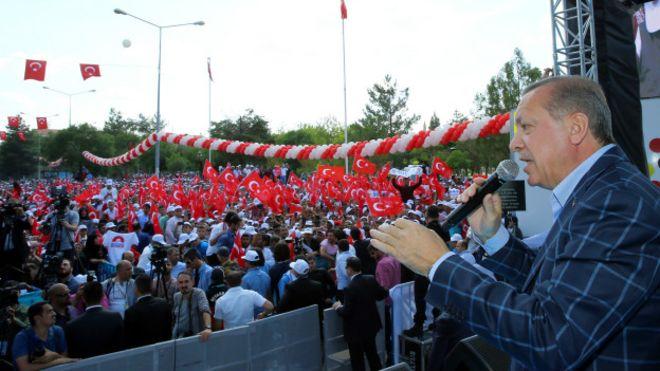 Erdoğan'ın doğum kontrolü yorumuna kadınlar ne diyor?