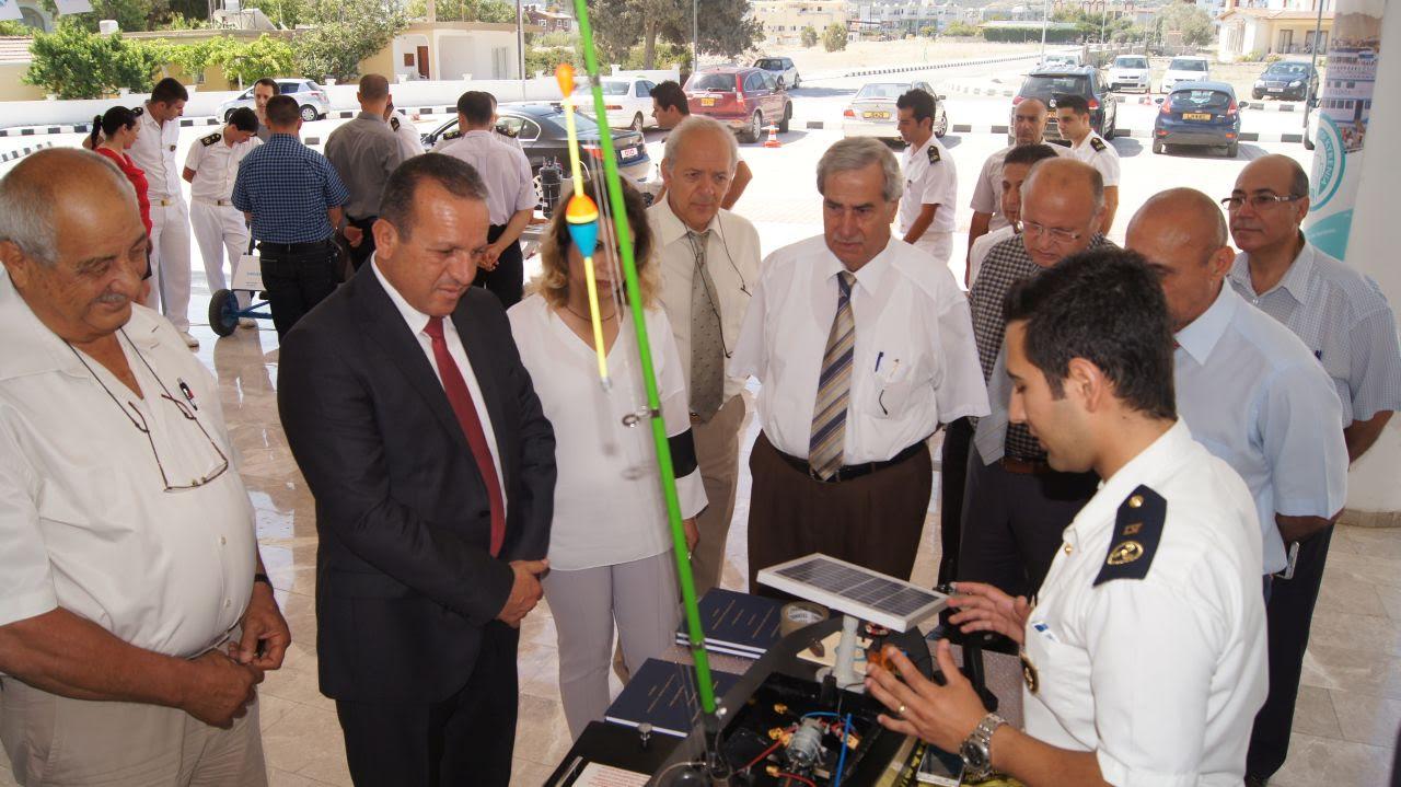 Turizm ve Çevre Bakanı Girne Üniversitesini ziyaret etti