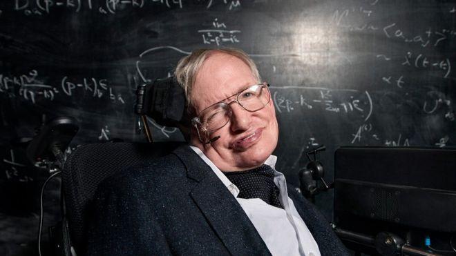 Hawking'den 'büyük patlama': Evreni çözdüm, Trump'ı çözemedim
