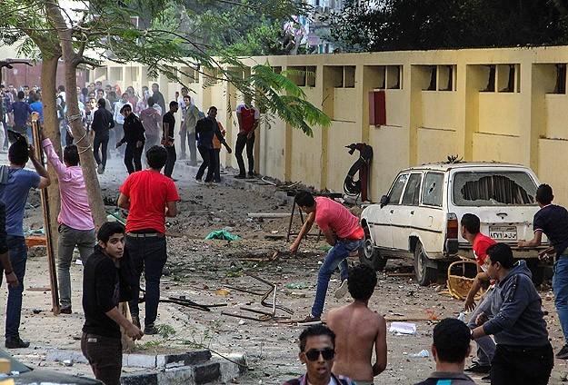 Ezher Üniversitesi'nde 1.4 milyon dolarlık hasar