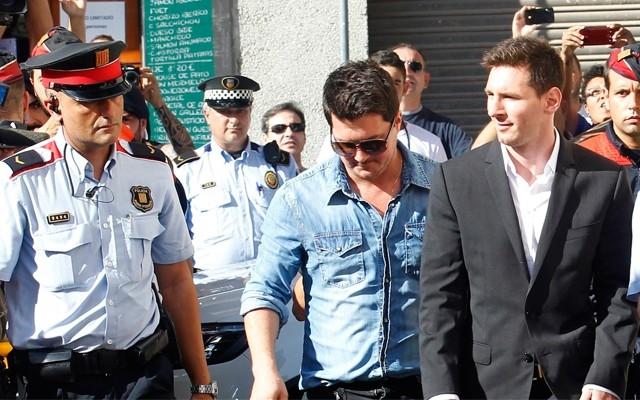 Messi şoka uğradı! 'Hırsız sen git Panama forması giy'