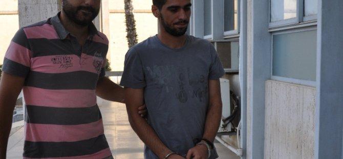 Sınır kapısında işlem yaptırırken uyuşturucuyla yakalandı...
