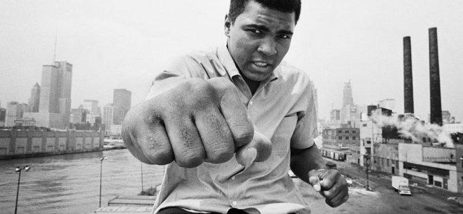 Boks efsanesi Muhammed Ali 74 yaşında hayatını kaybetti