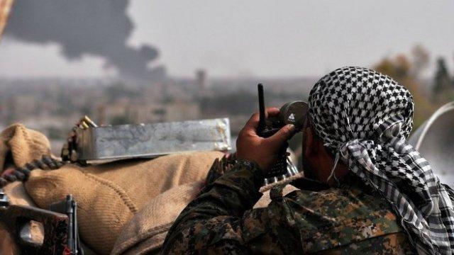El Nusra ve Ahrar'uş Şam, Halep'teki Kürt mahallesine saldırıyor!
