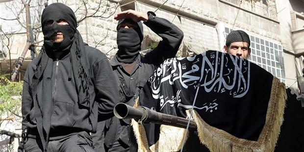 Rusya: 200'den fazla El Nusra militanı Türkiye sınırını geçip Suriye ordusuna saldırdı