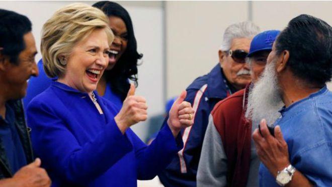 Clinton başkan adaylığını 'garantiledi'