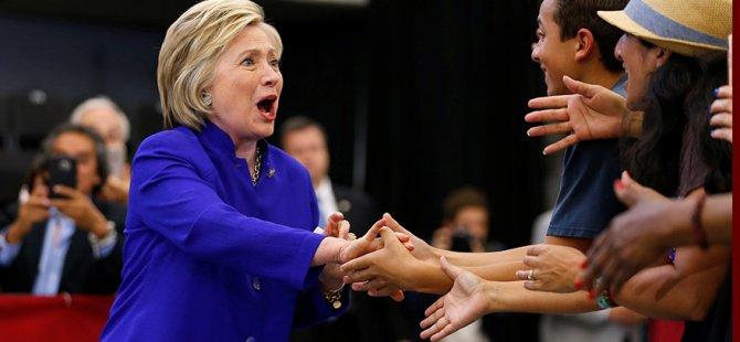 ...Ve Hillary Clinton eşiği atladı!