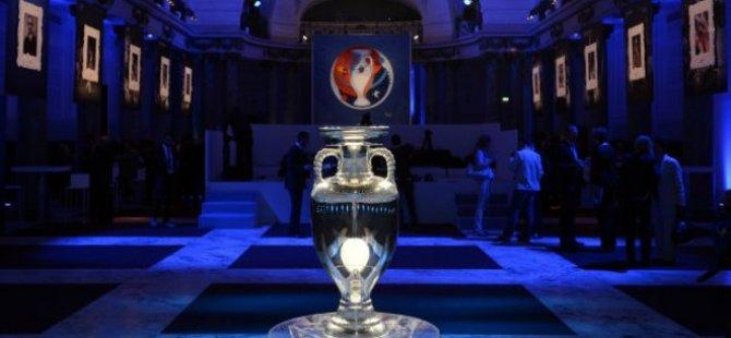 Avrupa Futbol Şampiyonası: Yaşlı Kıta'nın genç turnuvası