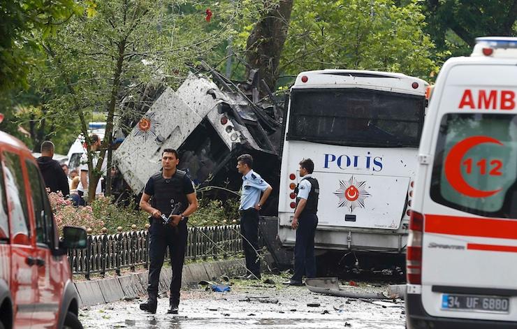 Türkiye'de son bir yılda 13 bombalı saldırıda 246 sivil öldü, 1320'si yaralandı