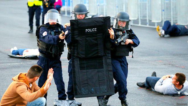 Fransa'dan Euro 2016 öncesi 'terörle mücadele tatbikatı'