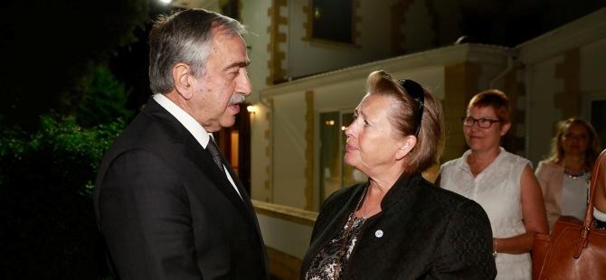 """""""Kıbrıs sorunu; geçmişi uzun ama geleceği önemli"""""""