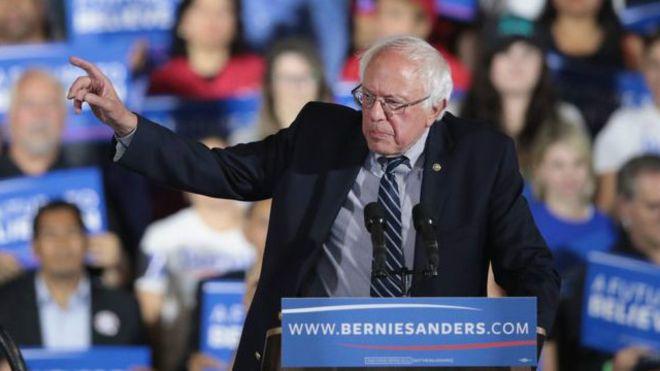 Hillary'nin rakibi Sanders'a çekilme baskısı