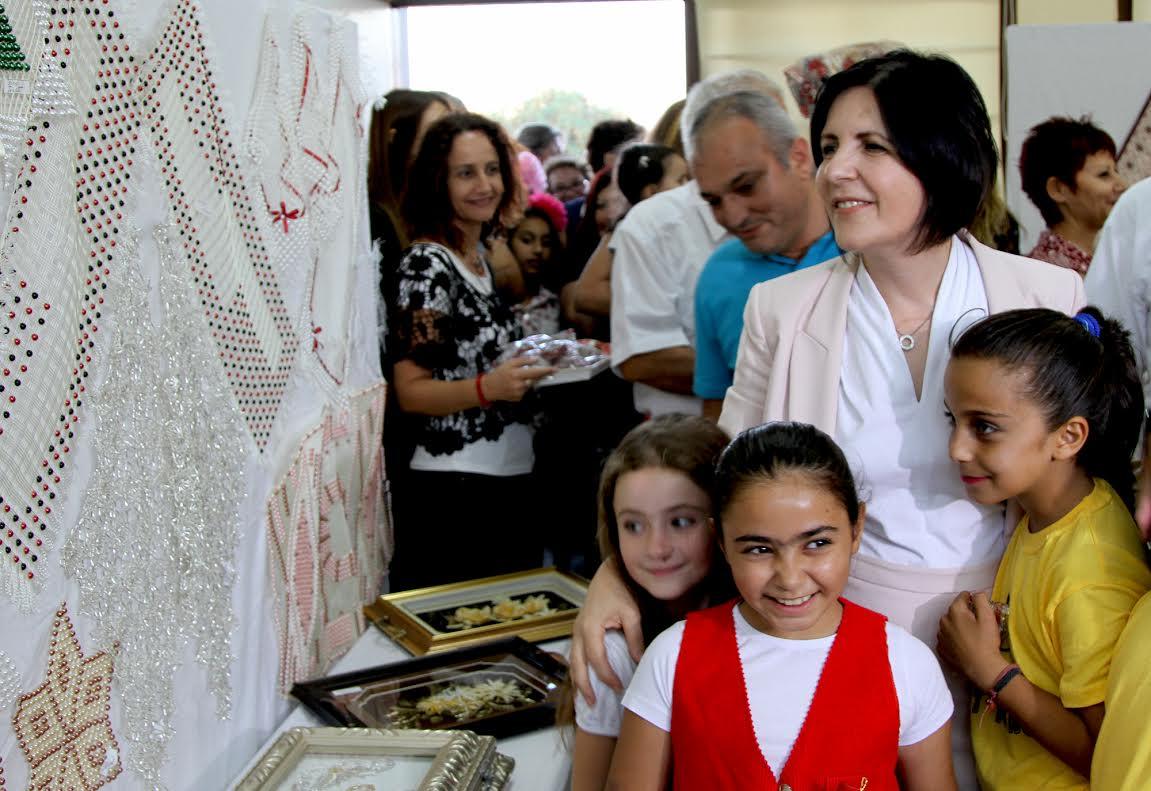 Siber, Necati Taşkın İlokulu sergisinin açılışına katıldı