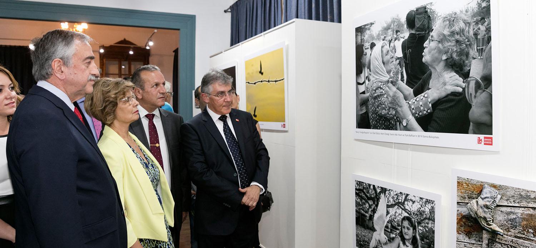 """""""Barışı Fotoğraflayalım"""" sergisi dün akşam yapıldı"""