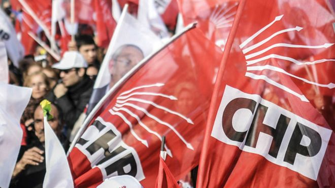 CHP'de lider tartışması kurultay gündemiyle alevlendi