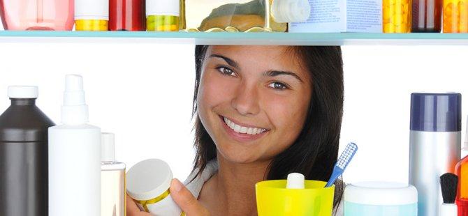 Banyo ve mutfak dolabında ilaç saklamayın