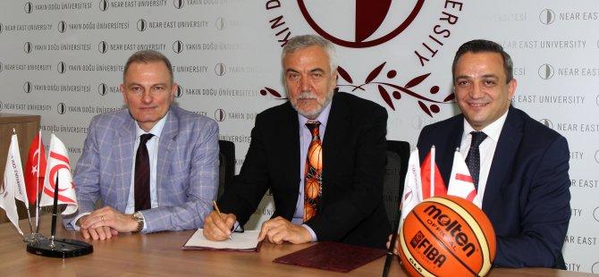 Kalaycıoğlu, Yakın Doğu Üniversitesi'nde