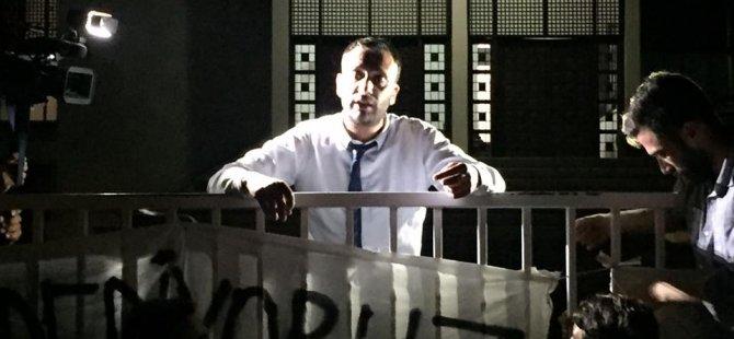 Çeler Eylemcilerin Yanına Gitti, Meclis Genel Kurulu devam ediyor