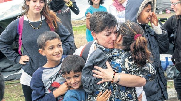 Mülteciler Akdeniz'de terk edildi!