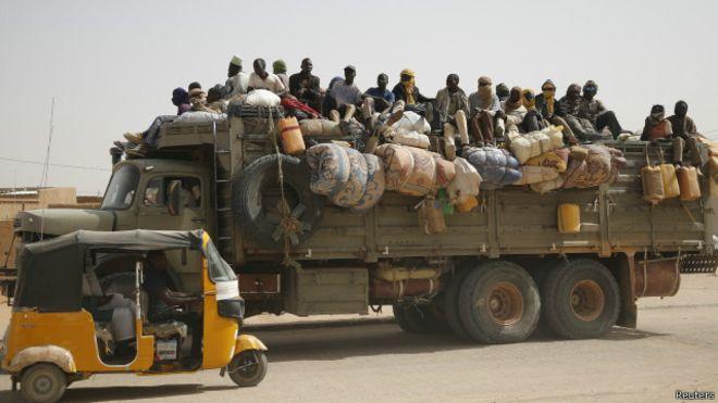 34 göçmen çölde 'susuzluktan öldü'
