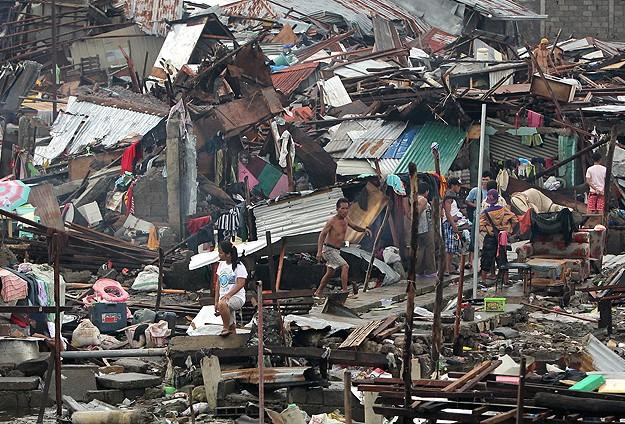 Filipinler'de tayfun dramı