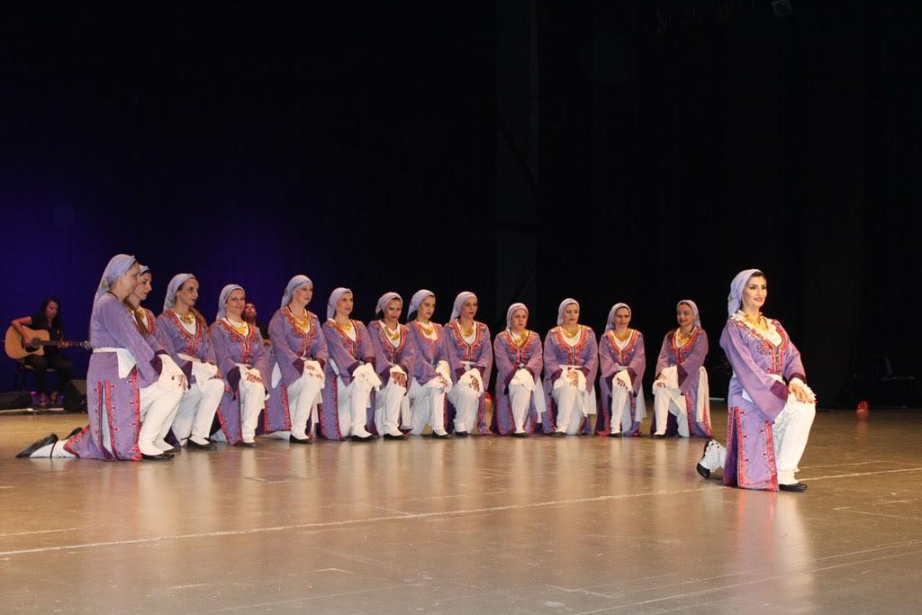 Gazimağusa Belediyesi Halk Dansları Topluluğu'nun yıl sonu gösterileri yapıldı