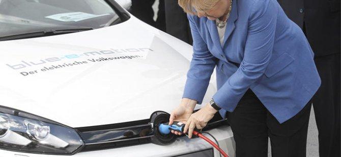 Almanya tarih verdi: Benzinli otomobiller resmen yasaklanıyor