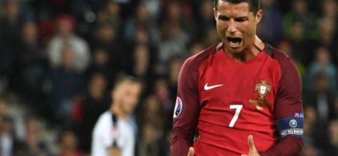 Ronaldo penaltı kaçırdı, Portekiz yine puan kaybetti!
