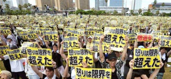 """Okinawa'da halk tek ses; """"ABD askeri istemiyoruz!"""""""