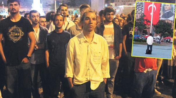Duran adam Taksim'deki eylemini bitirdi
