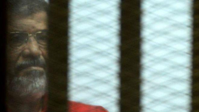 Mısır: Mursi'ye müebbet, iki Al Jazeera muhabirine idam