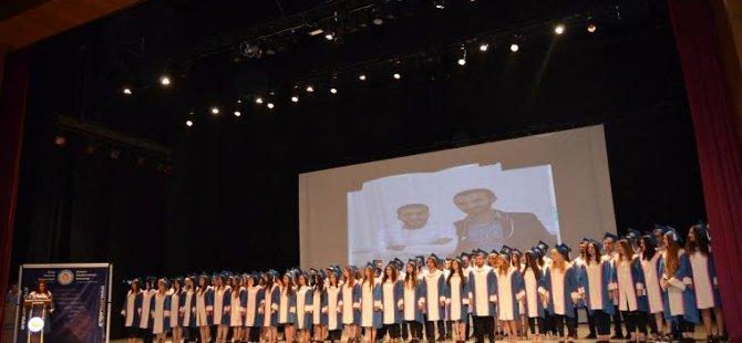 DAÜ Sağlık Bilimleri Fakültesi mezunları için yemin töreni düzenledi
