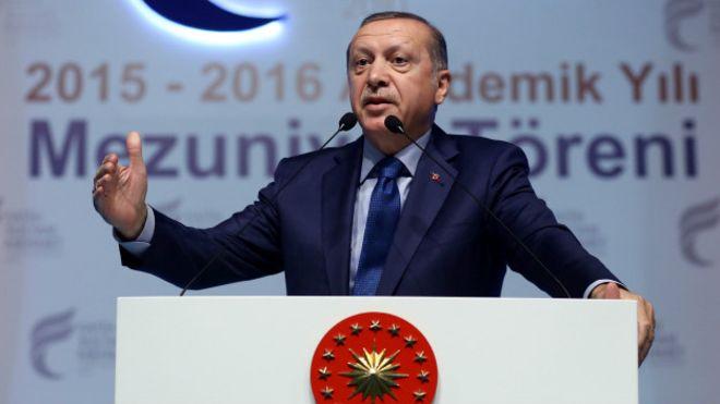 Erdoğan: AB müzakerelerini referanduma götürebiliriz
