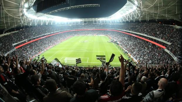 Beşiktaş'ın yeni stadı için şok karar!