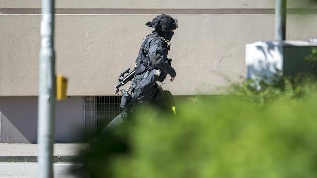Almanya'da sinema salonuna silahlı saldırı