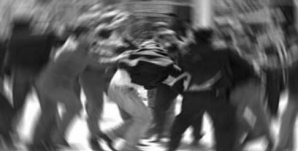 Kıbrıslı Türklere saldırı Politis'de de yer aldı