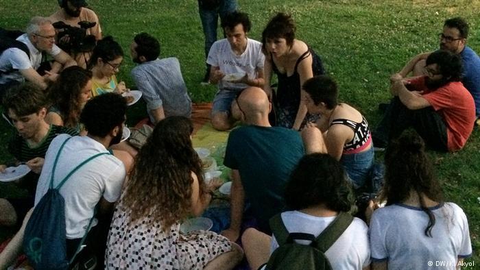 LGBTİ iftar sofrasına katılım düşük oldu