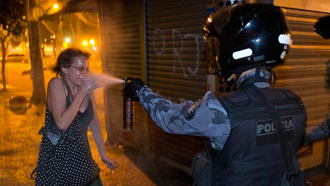 Brezilya Fena Karıştı