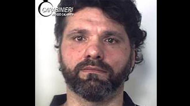 20 yıldır aranan mafya lideri uykuda yakalandı