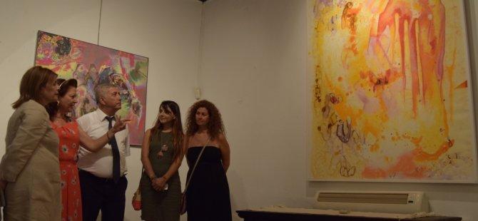 """""""Art Unıtes"""" adlı sergi dün Saçaklı Ev'de açıldı"""