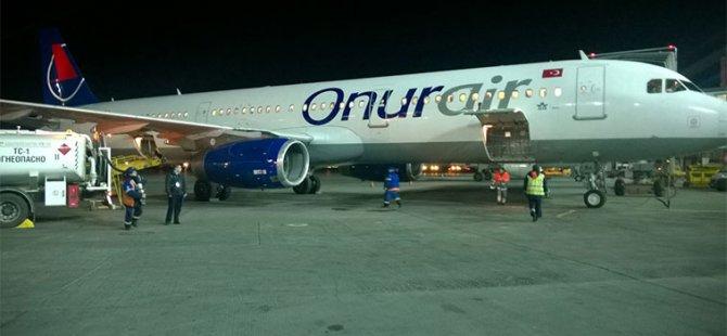 Onur Air Kıbrıs Uçağı da Atatürk Hava Limanı'nda