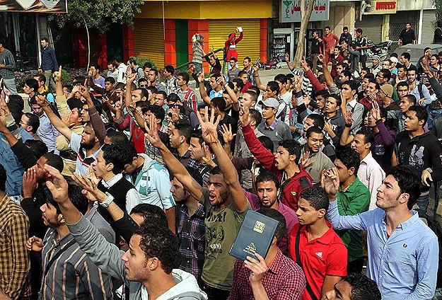 Ezher Üniversitesi'nde öğrencilere müdahale