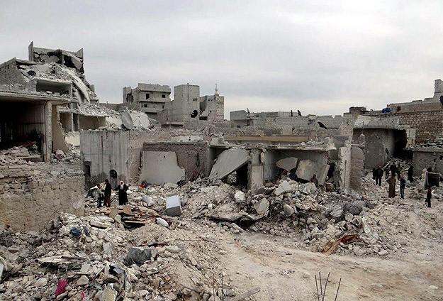 Esed yine karadan ve havadan saldırdı: 72 kişi ölü
