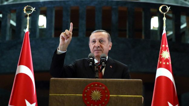 Erdoğan: Haritadan silinecek bir duruma doğru giden bir Suriye var