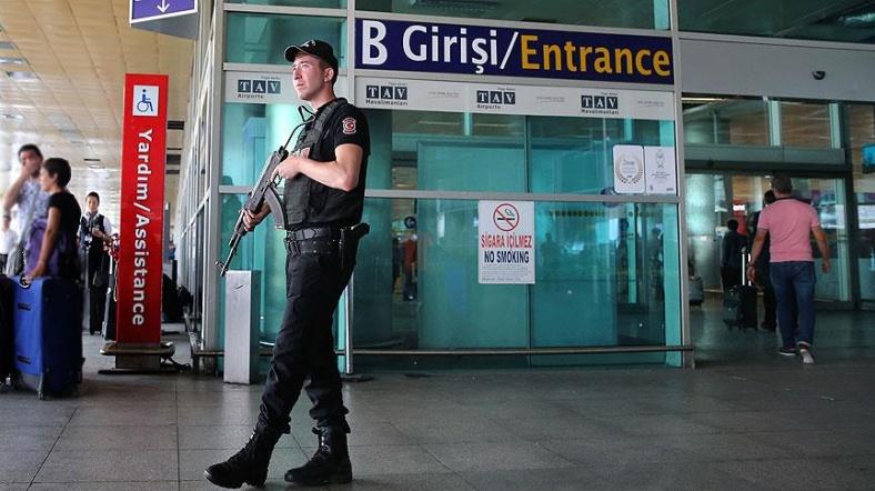 Atatürk Havalimanı'nda 'özel tim' görevlendirildi